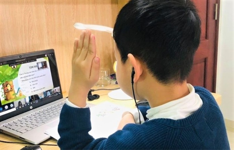Chât lượng học trực tuyến phụ thuộc nhiều vào bài giảng giáo viên