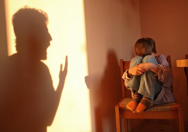 Con bị điểm kém: Bố mẹ nên làm gì?